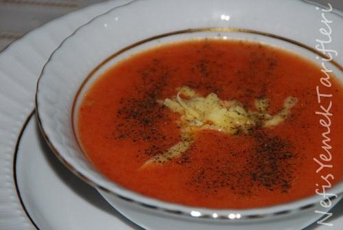 Sütlü Domates Çorbası Tarifi - Nefis Yemek Tarifleri