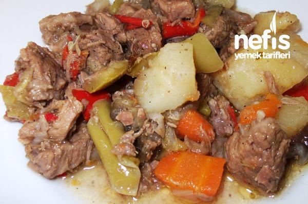 Sebzeli Dana Kavurma - Nefis Yemek Tarifleri